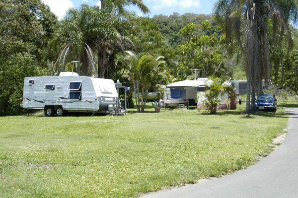 large-caravan-sites-with-privacy